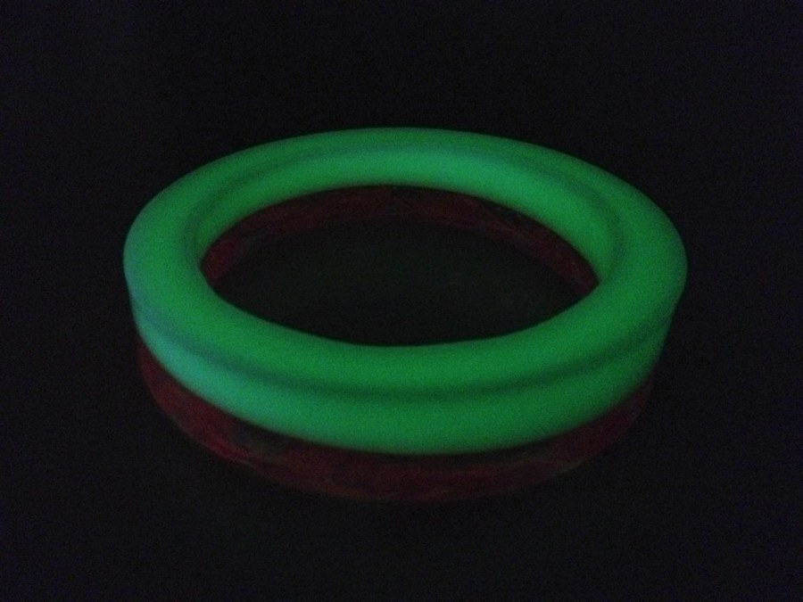 Glow in the dark bangle testing what i do for Glow in the dark resin