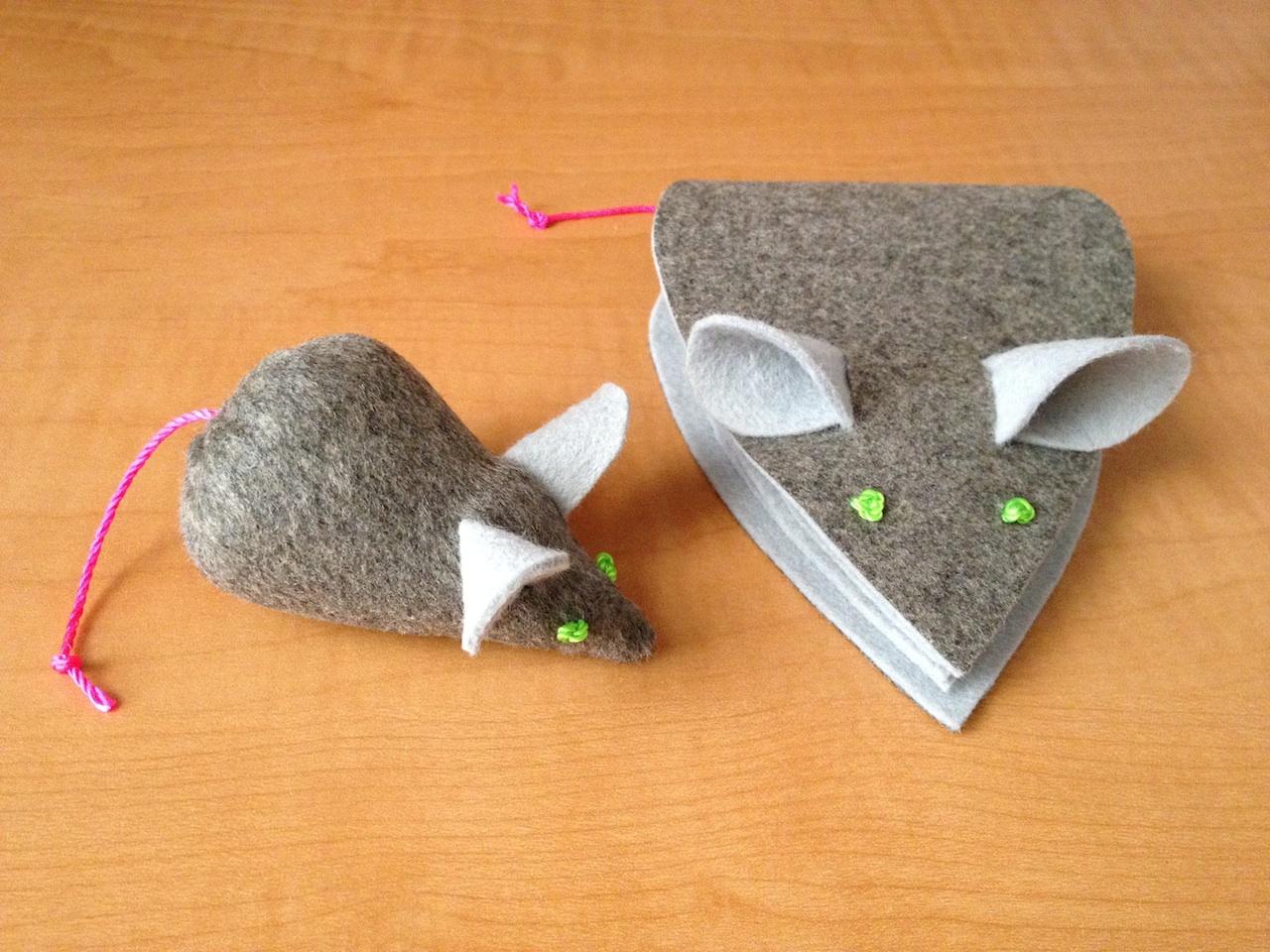 Как сделать из ткани ёжика